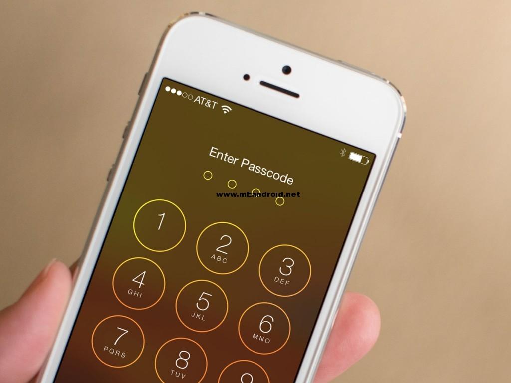ios7 passcode 1024x768 تعرف علي عادات سيئه يقع فيها مستخدمي الايفون